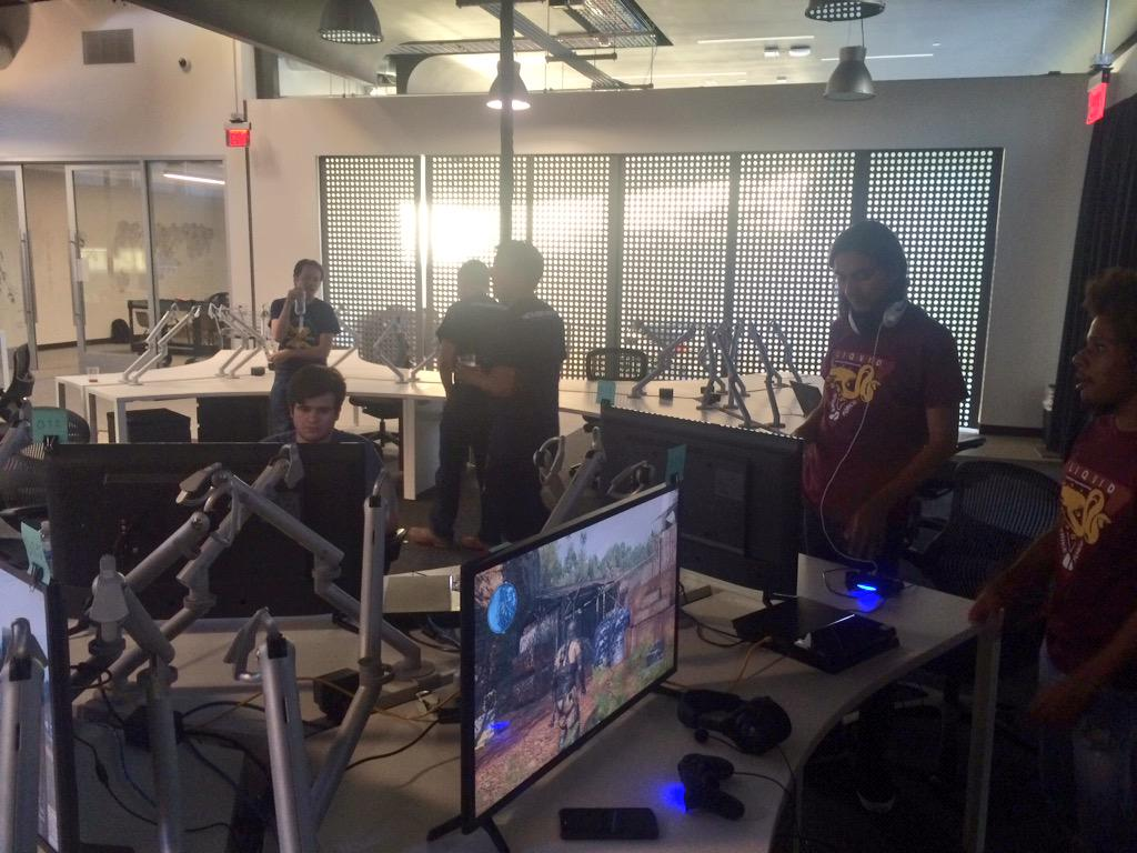 MGO Community Day - My opinions on MGO3, the Studio & Staff Team CQRippHUYAAlR3N