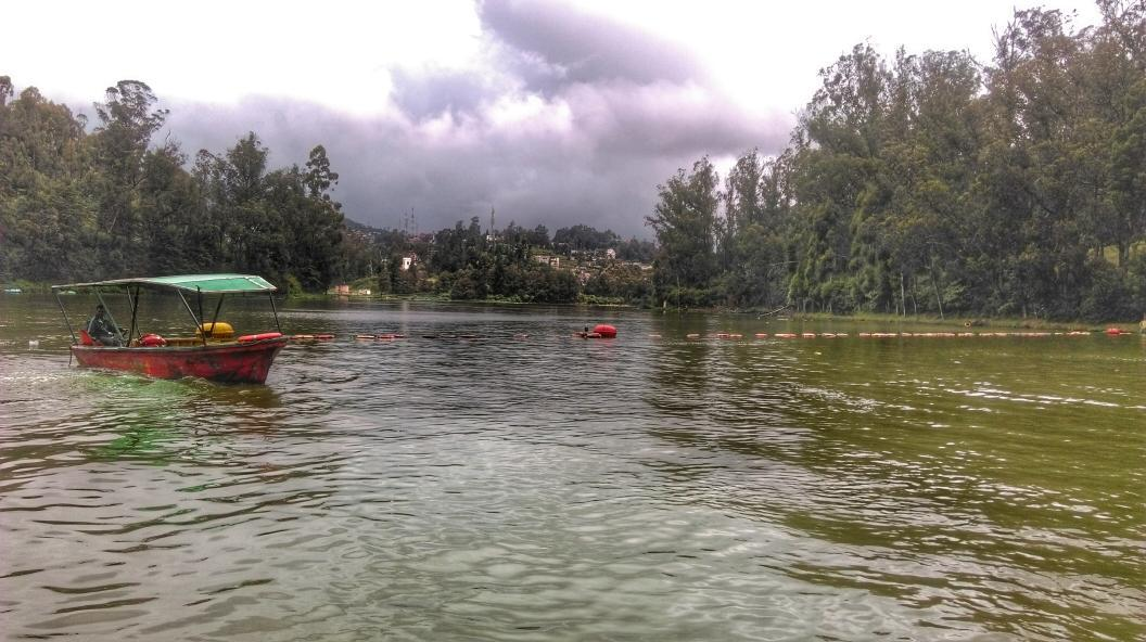 Rain stopped and we are offff. #Ooty #hdrscape #snapseed http://t.co/IIy8MLqjgO