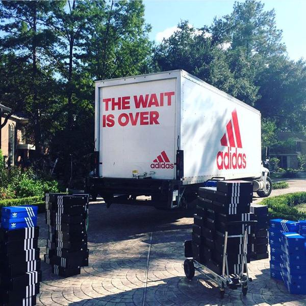James Harden opened his door this morning and was delivered a TON of his new Adidas sneakers. http://t.co/fHM8q0Rs00