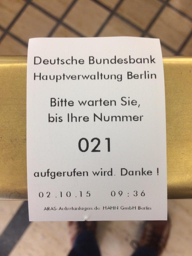 Alexander Blum On Twitter Gestern Münzen Fanboy Schlange Bei Der