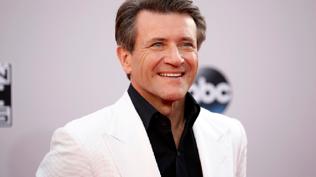 Three Things I Learned From Meeting Robert Herjavec via @adamdince http://t.co/OkliPi9DGI @robertherjavec http://t.co/ArYWDzHsR7