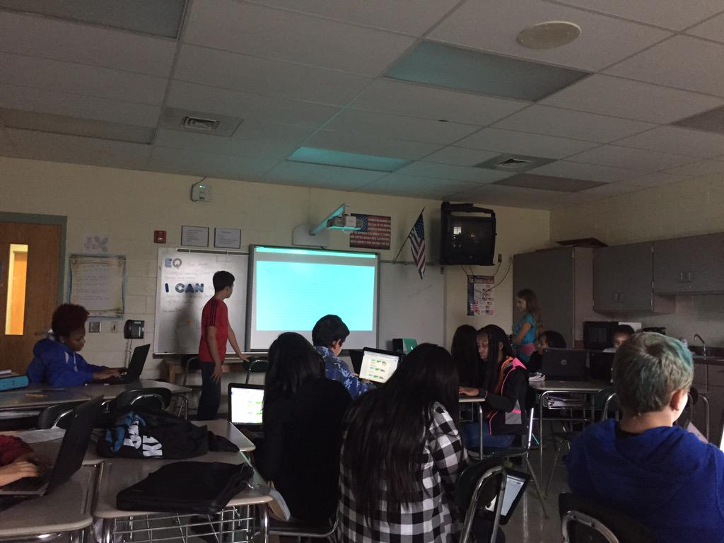 Ss in Mrs. Arrington's SS class @mcssms share presentations on Exploration/Expansion using #Google http://t.co/PETlPVERvg