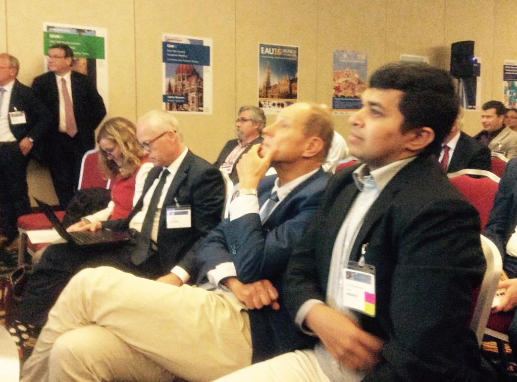 Discussion on the perceived benefits or lack of it in using robotic radical prostatectomy at CEM in Budapest #cem15 http://t.co/t7Z3ijHsIw