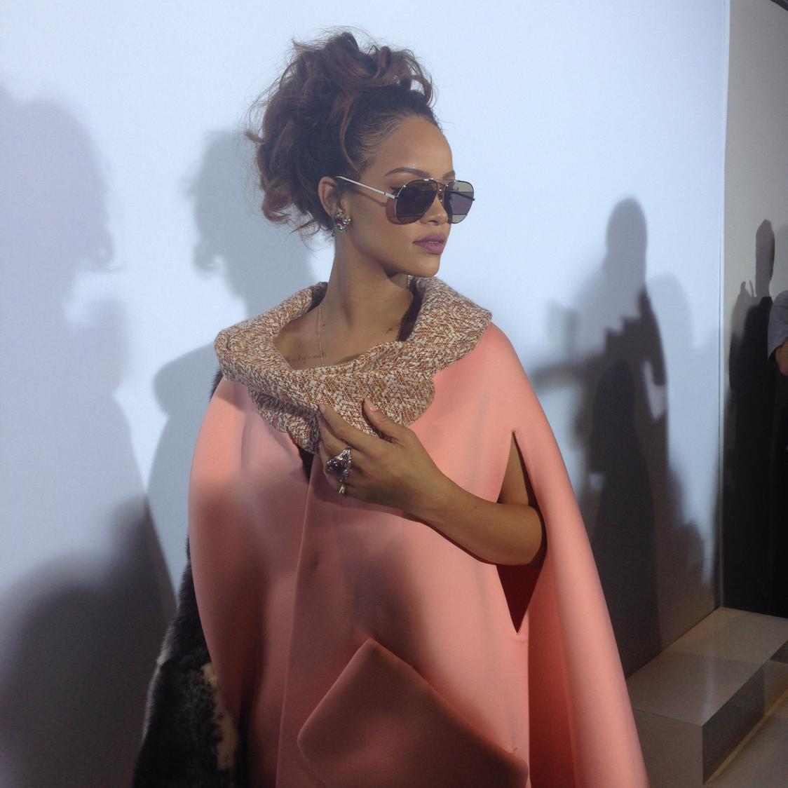 Rihanna at Dior http://t.co/1jllFxl0mo