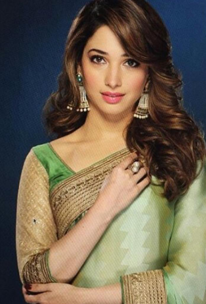 She Always Slay In Desi Look @tamannaahspeaks For #Johrivaaj  Credit :- TamannaahBhatiaFc  @AfsarTamannaahpic.twitter.com/PqJtYxVb1e