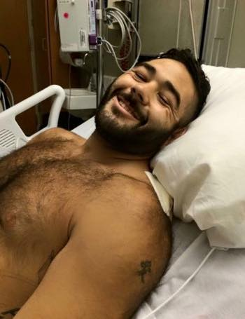 Deserves endless RTs! Army vet shot 7 times trying to save students in Oregon massacre smiling from his hospital bed http://t.co/2GrwYg9rJ5