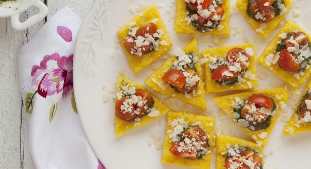 Des canapés à base de polenta pour l'apéritif... On teste ? http://t.co/S4F5VCUAiq #recette #apero http://t.co/LENQ80HdEf