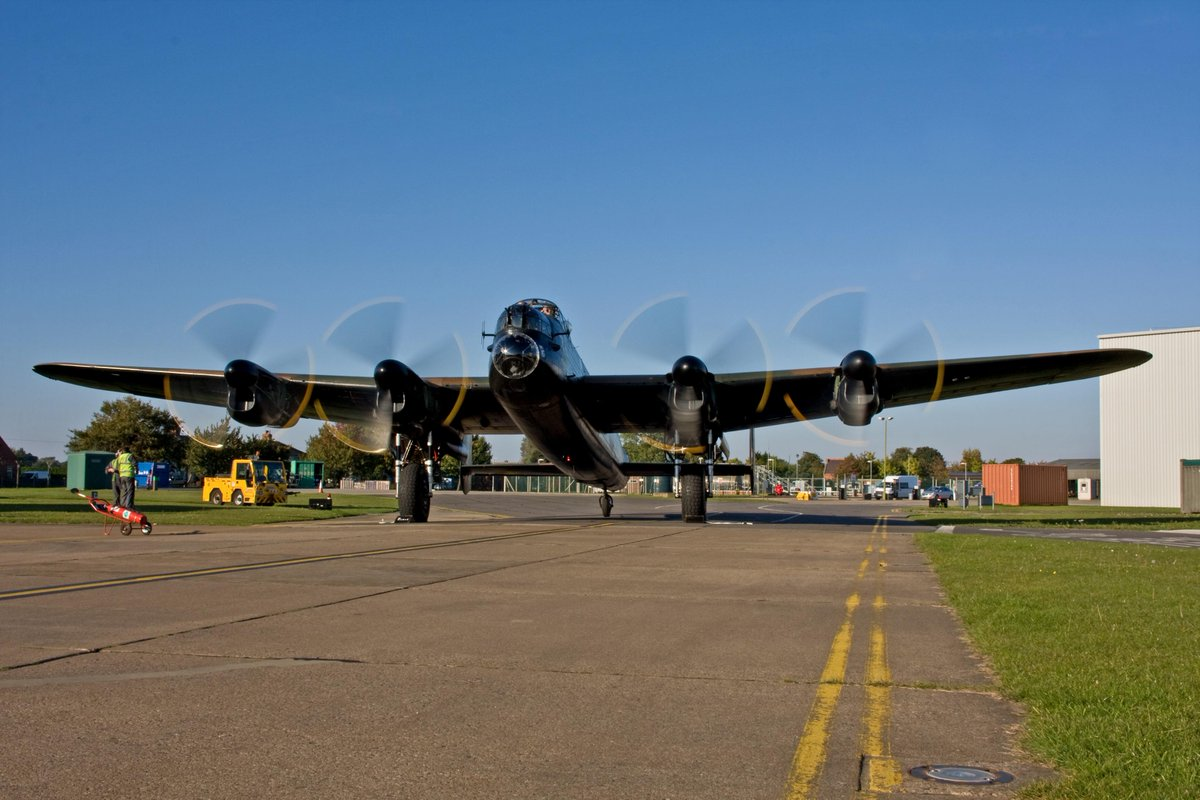 Returning to life this afternoon, Lancaster Mk.I, PA474.....stunning, well done engineers!!! http://t.co/hruUbjhNX6
