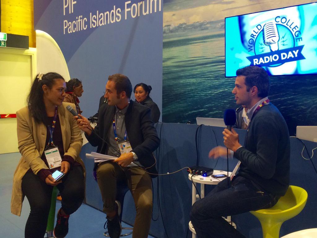 Alla #WCRD15 si parla di cosa significhi lavorare in #Expo2015 per coloro che vengono da altre parti del mondo! http://t.co/ubAc1Fc1Tk