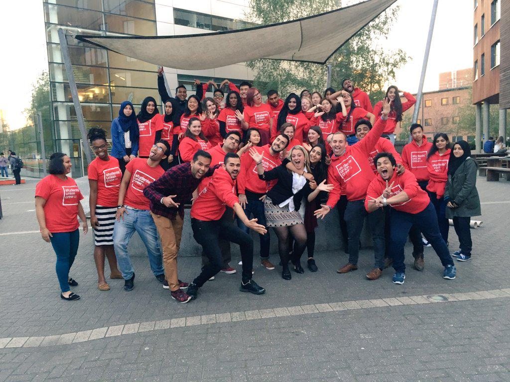 Have had an incredible time getting to know the amazing people part of Welcome Crew! Thank you!! @QMSU #qmulwelcome http://t.co/vWNGhH9Nar