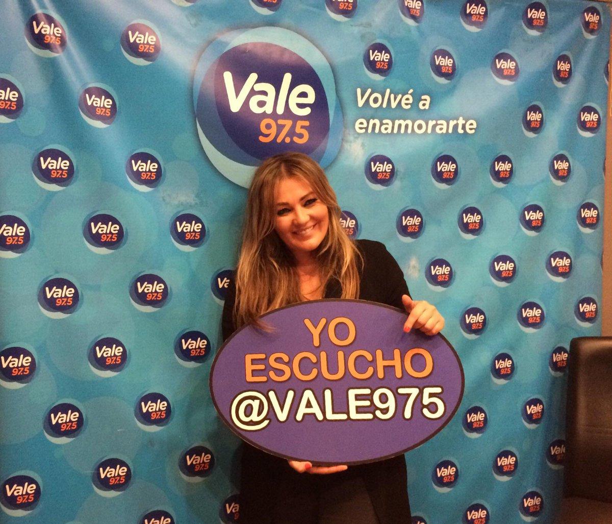 Concierto de Amaia Montero en acústico (5/10/15)  CQVShs5WIAAKroP