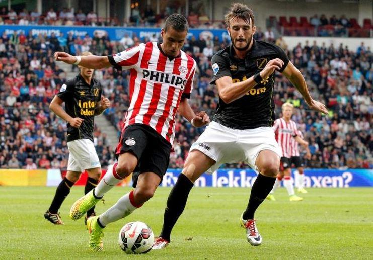 Damchevski playing for NAC Breda