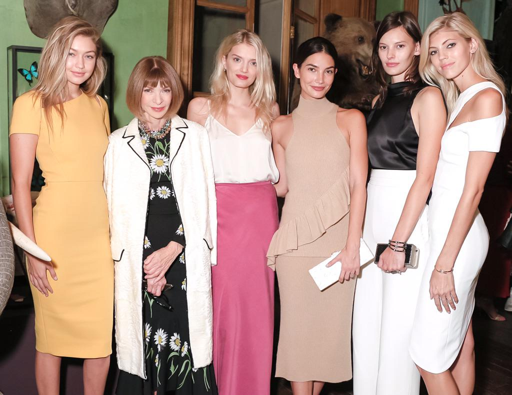 #squadgoals at @CFDA's #AmericansInParis | photo by Matteo Prandoni for http://t.co/ScQxnLcbNW http://t.co/hsxcueMeQp