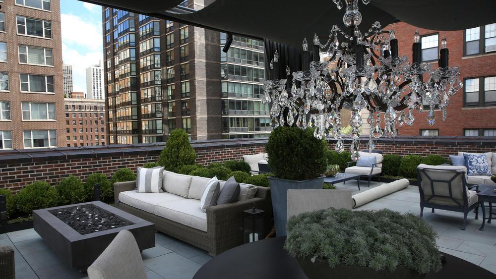 restoration hardware cafe chicago hours store tribune twitter new gold coast features coffee shop rooftop park wine