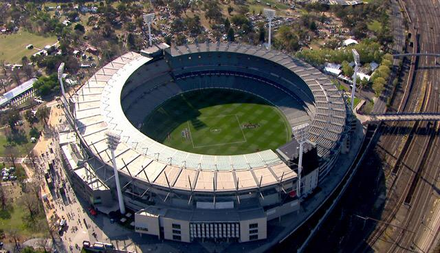 Superb aerial view of the #MCG on AFL Grand Final day. #AFLGF  (Pic: @FlyingFeatures)