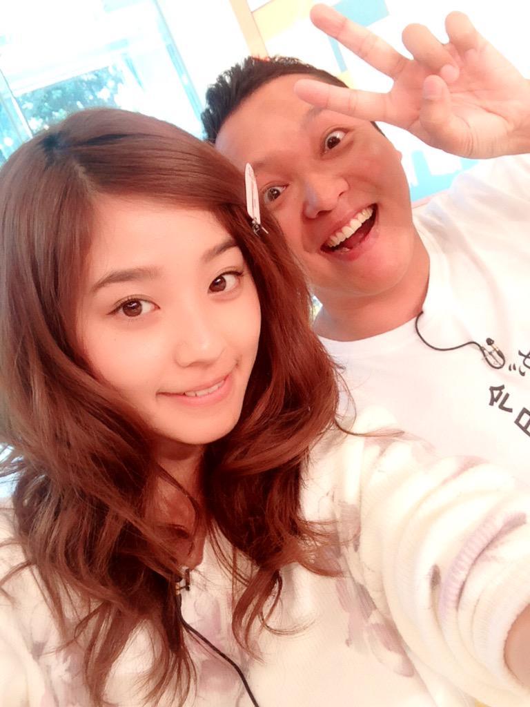 安岡力斗さんと朝比奈彩