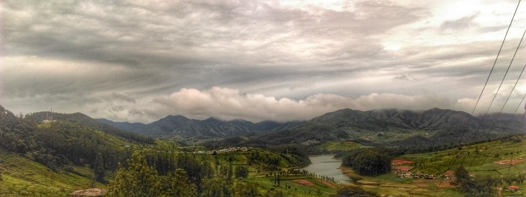 Somewhere on the way to Emerald Lake. #Ooty #hdrscape #snapseed http://t.co/OOf6rEJM9s