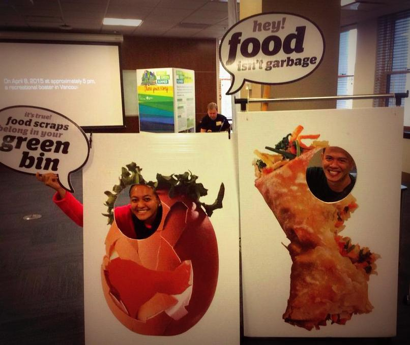 Food scraps dont belong in garbage cans. Use ur green bin. #LoveFood #HateWaste Visit the CityHall at #DoorsOpenVan:) http://t.co/FCW1OiMWbY