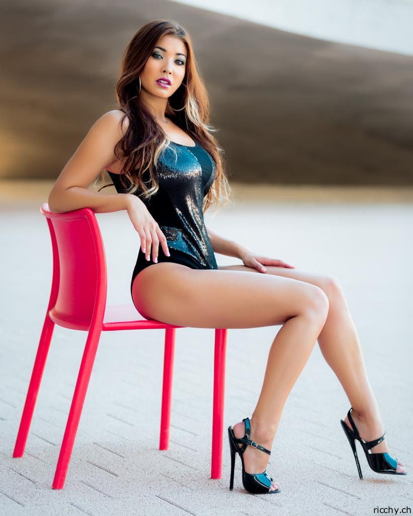 High heels asian sexy feet