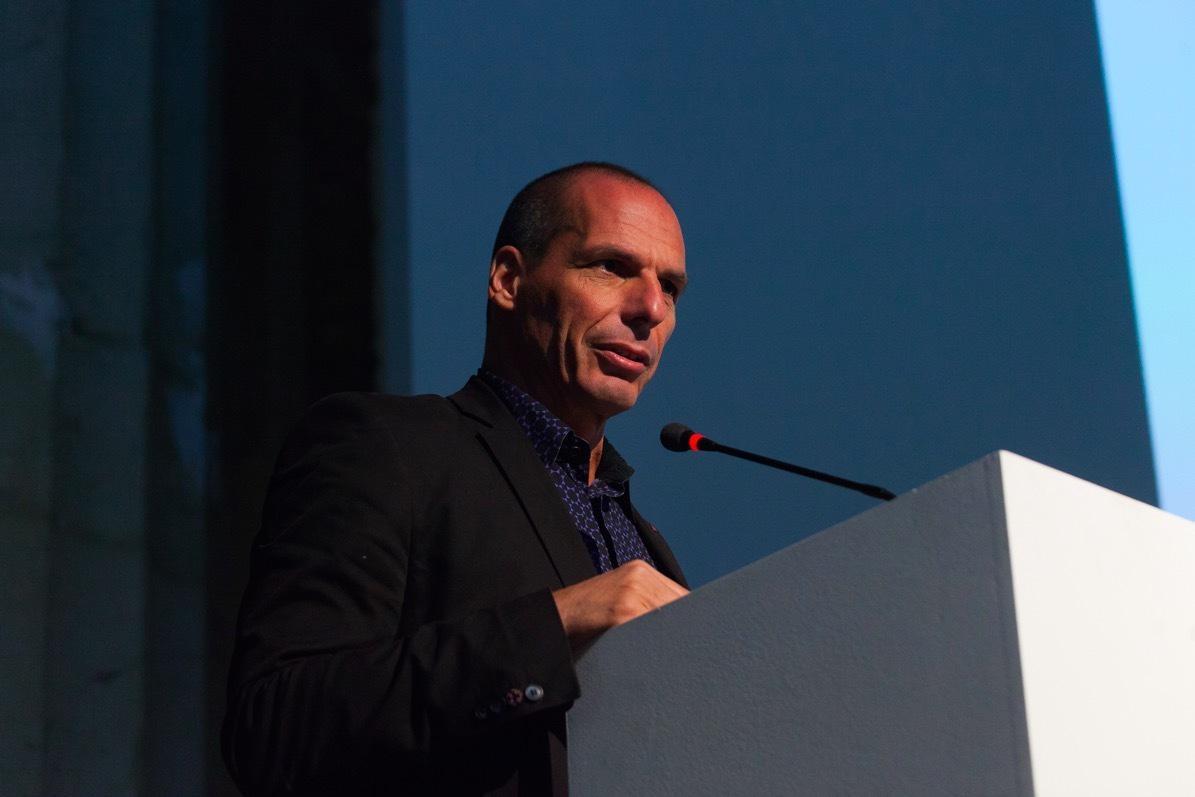 "Artists ""should be feared by the powerful' — former Greek finance minister Yanis Varoufakis http://t.co/XLiiNwqauW"