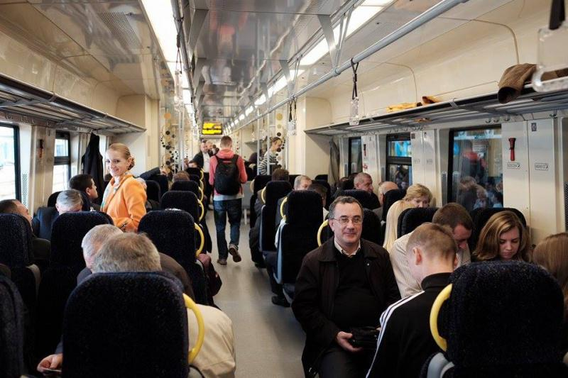 """До конца года """"Укрзализныця"""" получит 1 млрд грн на новые поезда, ремонт парка и полотна, - Яценюк - Цензор.НЕТ 6094"""