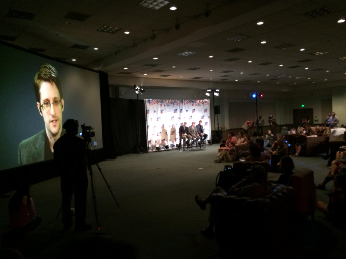 """We kill people based on metadata"" .@Snowden quoting military official today #Politicon @fullonrad http://t.co/JLC3jjUXlC"