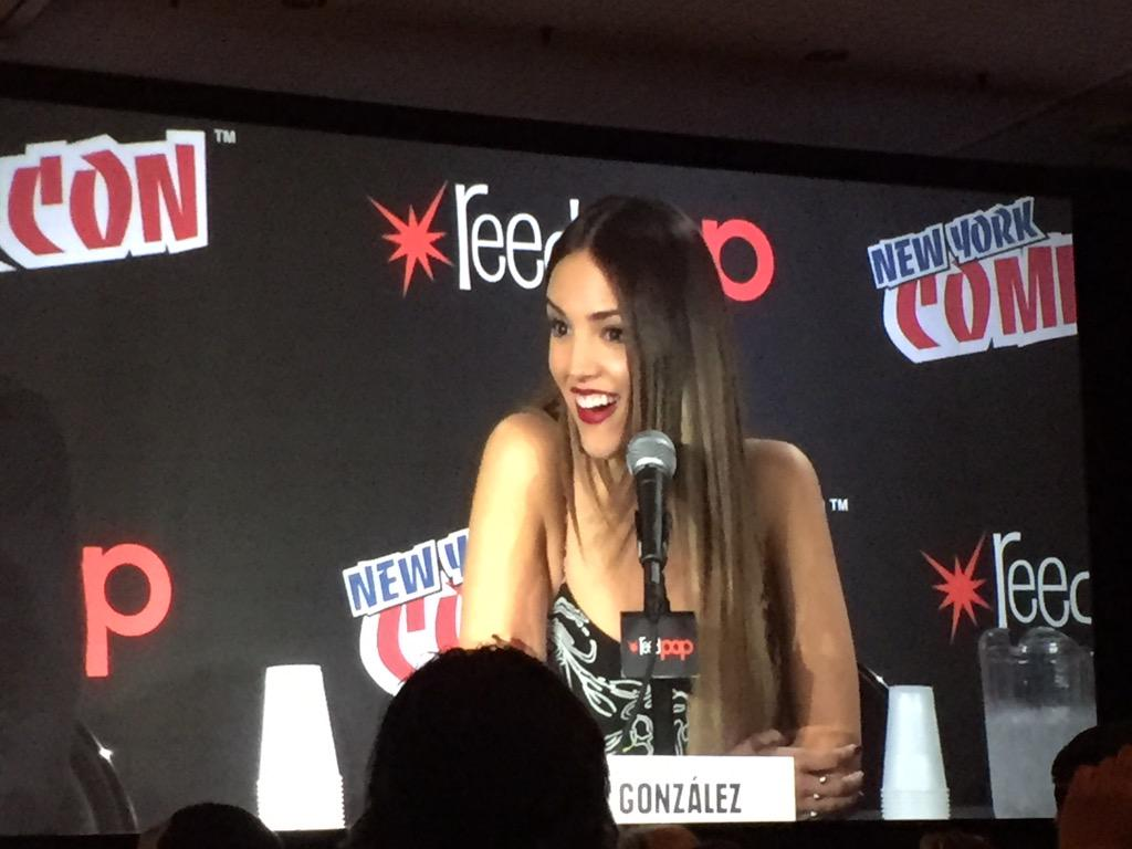 Elza talking about how amazing her cast is @eizamusica @DuskElRey http://t.co/BJz7xixj4r