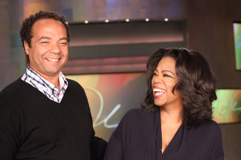 Don't miss #WATN tonight at 10/9c @AndreWalkerHair and I talk 30 yrs of friendship & hair. http://t.co/6MABXDiKxD