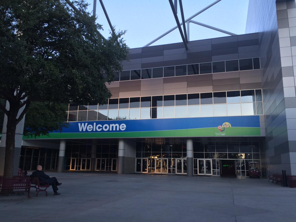 Welcome! RT if you're already here or on your way to the #NACSShow! http://t.co/Sab1MPch76
