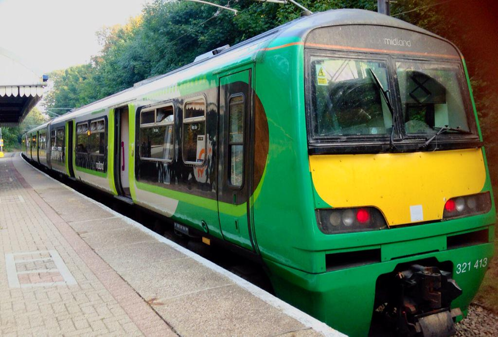 CQaILkOWsAAc lx?format=jpg&name=medium - The Romford to Upminster Line