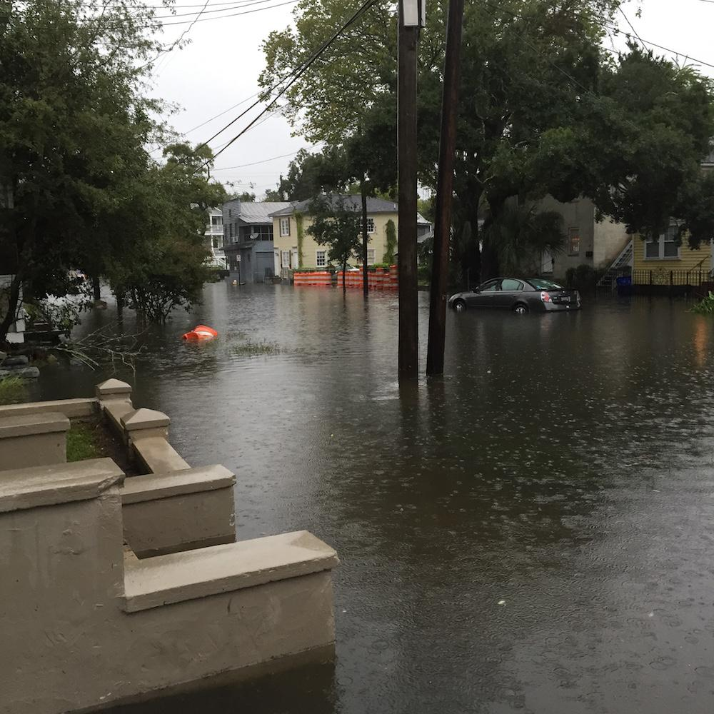 PHOTOS: Across #ChsWx, floodwaters are rising http://t.co/pdzBsO5xVQ #chs http://t.co/ddBt6m1trc
