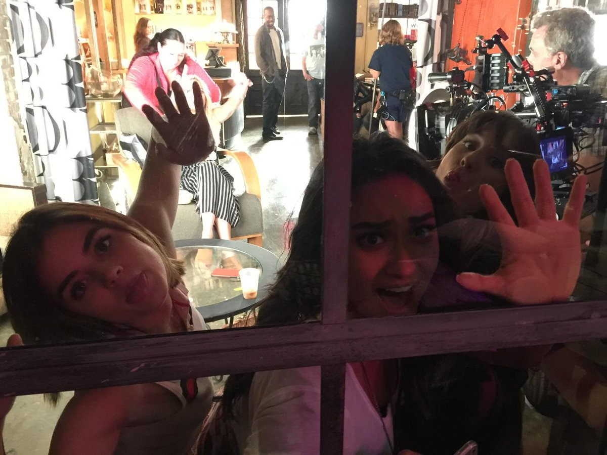 @lucyhale @shaymitch @SleepintheGardn trying to break out before their last #pll take on season6! http://t.co/Ncn79fTeFj