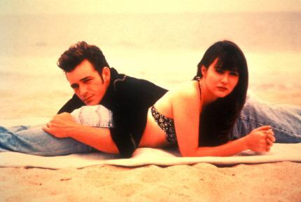 I lived for Dylan & Brenda. In my head, they are totally married with kids living in Europe. #Unauthorized90210 http://t.co/wlWDA7YWsA