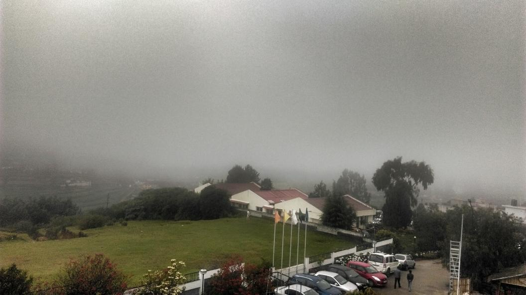 Where are the hills that we saw yesterday? #Ooty #drama #snapseed http://t.co/e2oAFNNK7H