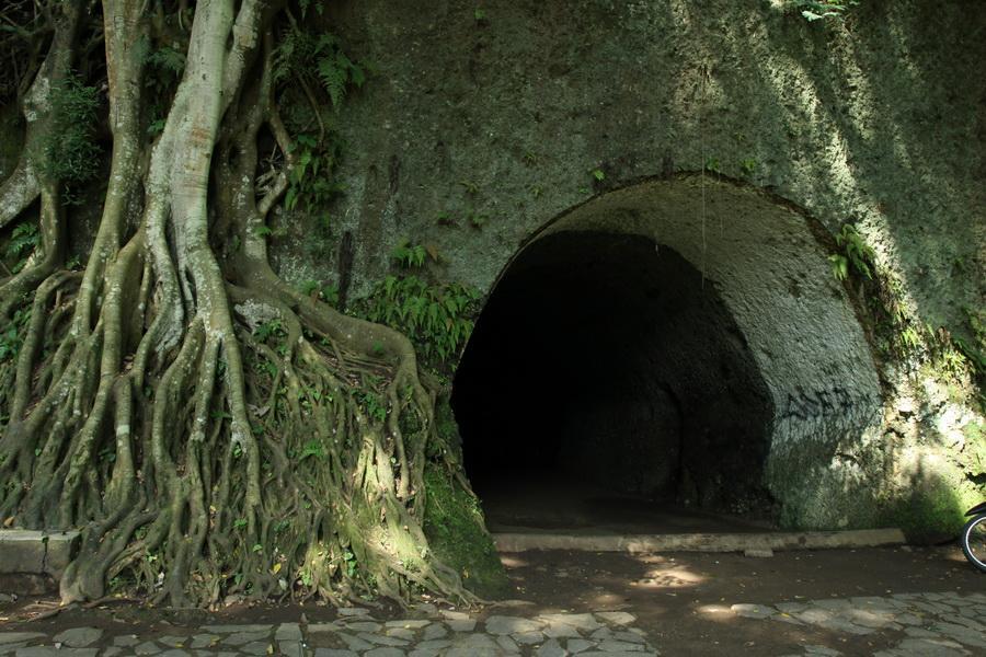 3 Tempat Paling Angker Bekas Peninggalan Jajahan Belanda dan Jepang