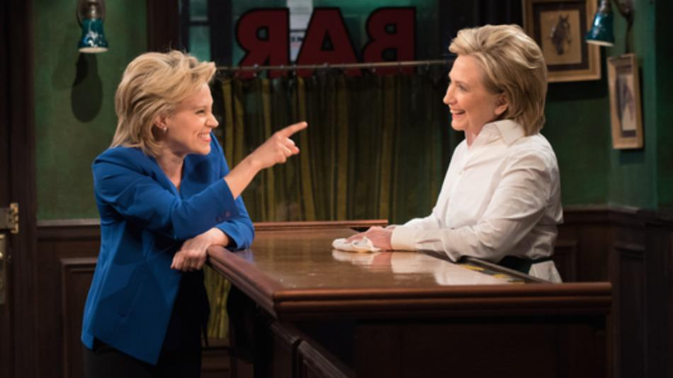 RT @mashable: Hillary Clinton meets her soul sister, a bartender named Val, and sings on SNL. http://t.co/L3bADpgZ7x http://t.co/xFXmo91RQ2