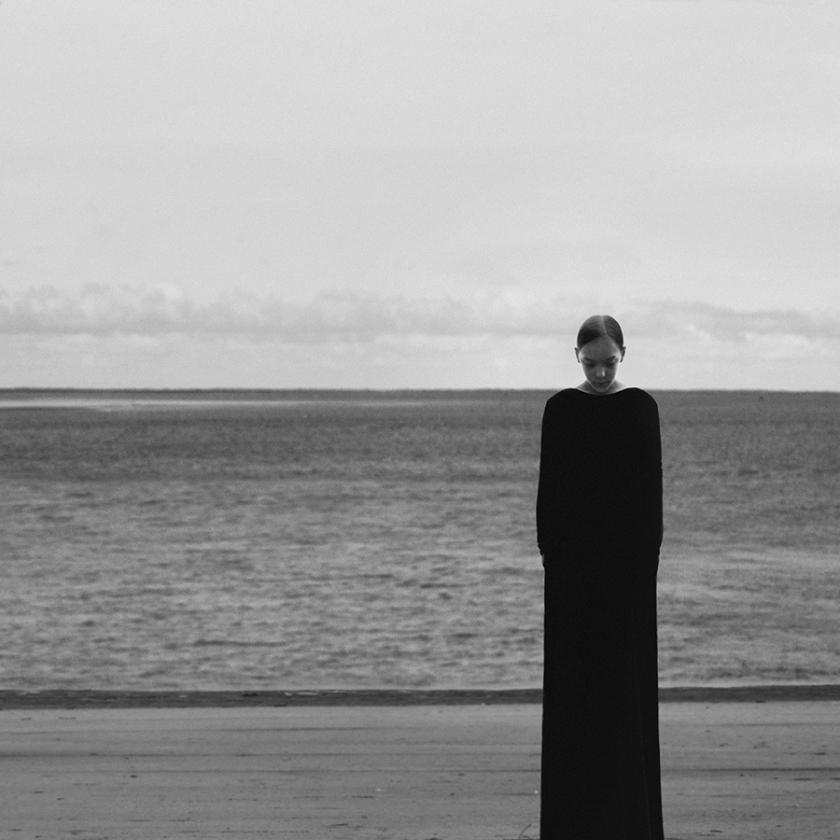 RT @Creative_Boom: Powerful and surreal black and white self-portraits by Noell Osvald http://t.co/7pegdmIuiM http://t.co/iWwA7RjtJi