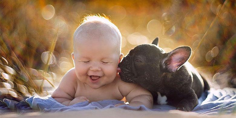 ADORABLE!!! -- Baby And Bulldog Adorably Think They're Brothers After Both Were Born On Th… http://t.co/rOqndpG83w http://t.co/YP0oPmELTa