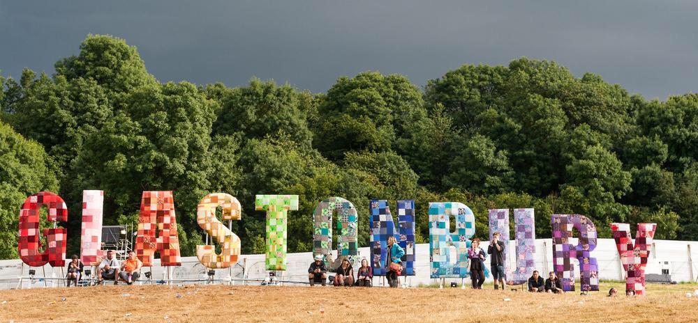 RT @LinkHumans: How Glastonbury Festival Use Social Media [CASE STUDY]: http://t.co/ThgLz0FGAX #GlastonburyTickets #LinkHumans http://t.co/…