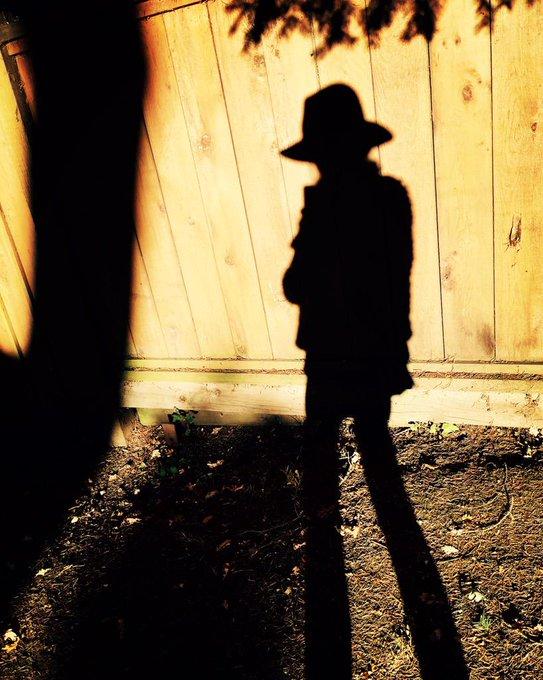 Day 24: magic hour shadow #101smiles #darkswan #uglyducklings http://t.co/tKzje5Jc3p