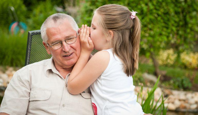 El gobierno inglés pagará a los abuelos por cuidar a los nietos http://t.co/Rihj8CNH2Q Por @ForeignSER