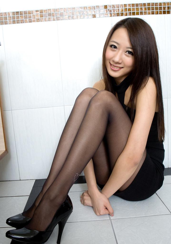 Nylons Japanese Teens 100
