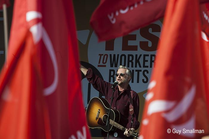 A few songs from @billybragg today in Manchester.  #No2Austerity #TakeBackMCR #takebackmanchester http://t.co/aiVfc9Q3eA