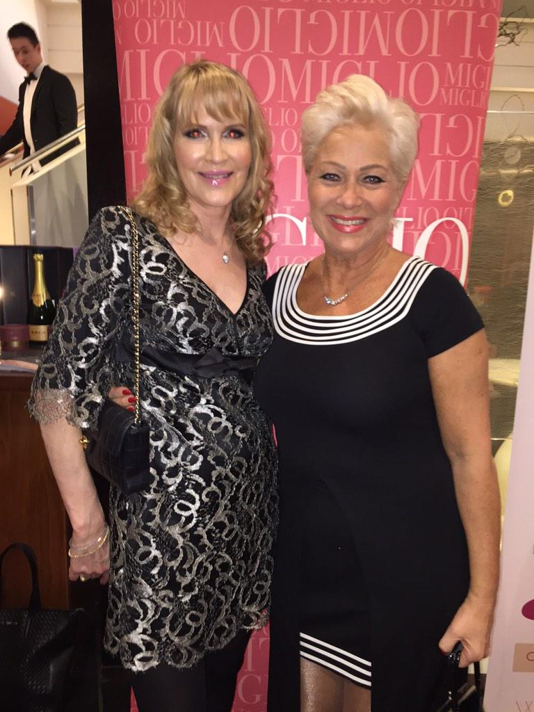 With the lovely @DrPamSpurr for #WearItForAutism !!! Im hanging onto her every word!!! xx http://t.co/V0xthAcsYk