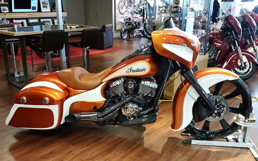 Indian Motorcycle On Twitter Generous Curves Highlighted With White Paint This Custom Chieftain Is Both Powerful And Clean Tco LhLTbZtDAn