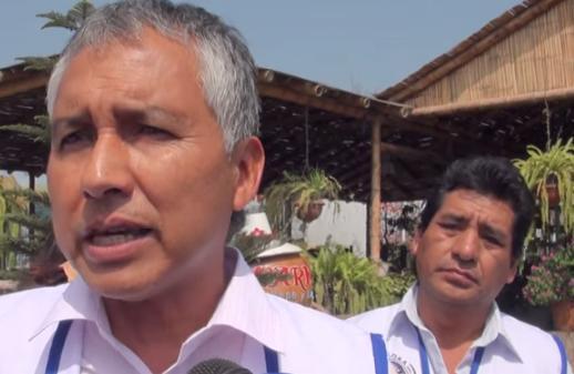 """Asociados indignados por negativa de la municipalidad para que el """"Bus de la Marca Perú"""" llegue a la plaza de armas de Huaral  (Vídeo)"""