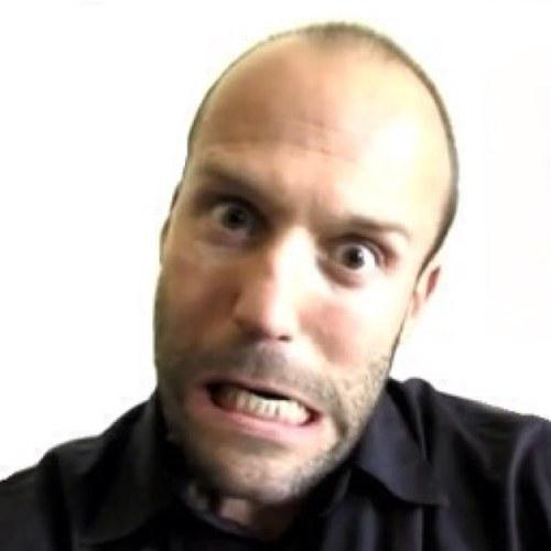 @MritalkApple123 @DrMonkeybot @TheHulksBigToe I'm thinking about going for a BuzzCut #JasonStathamStyle :P pic.twitter.com/kkZCkFEaf0