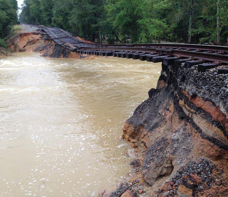 Inondazioni record in Carolina del Sud per l'Uragano Joaquin.