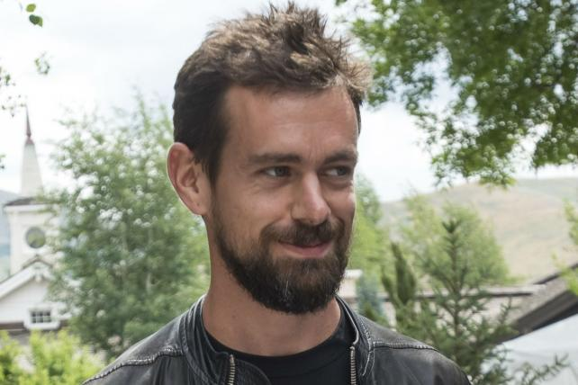 Twitter officially names Jack Dorsey CEO -- again http://t.co/DKi6qIBOFD http://t.co/qBxNXr4i41