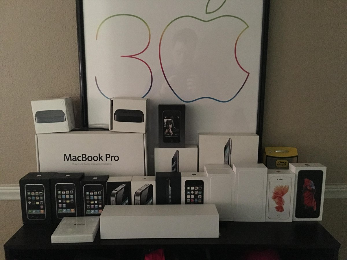 Latest Family Photo #iPhone #iPhoneCollections http://t.co/oTtTuJQ2V5